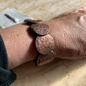 Jewelry - Copper stretchy bracelet